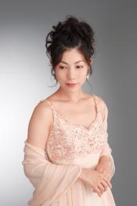 ソプラノ歌手-湯浅 桃子